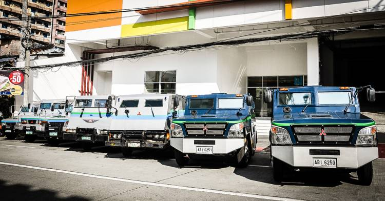 armored vehicles philippines