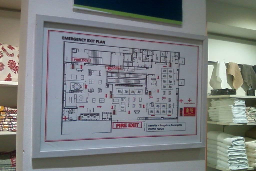 design an evacuation floor plan