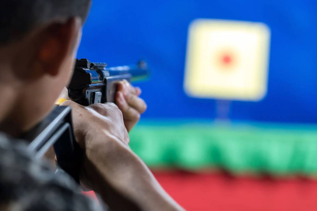 only armed security guards go trough firearm training